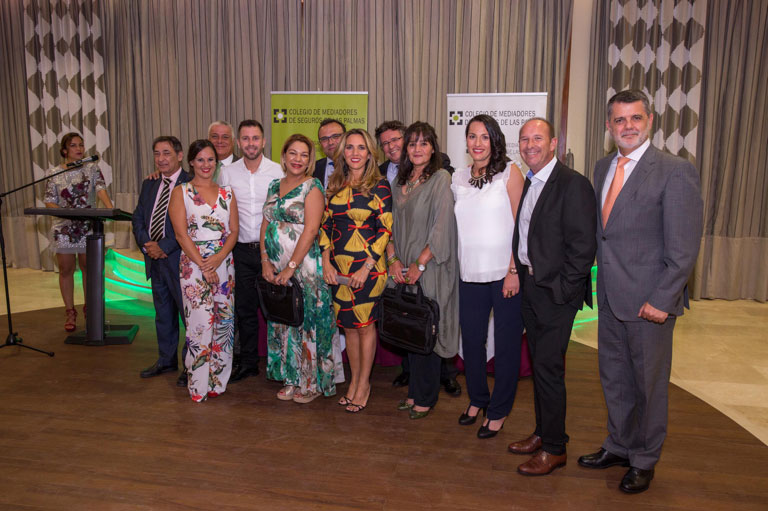 """Orla del Curso Superior de Seguros """"Grupo A"""" 2016/2017"""