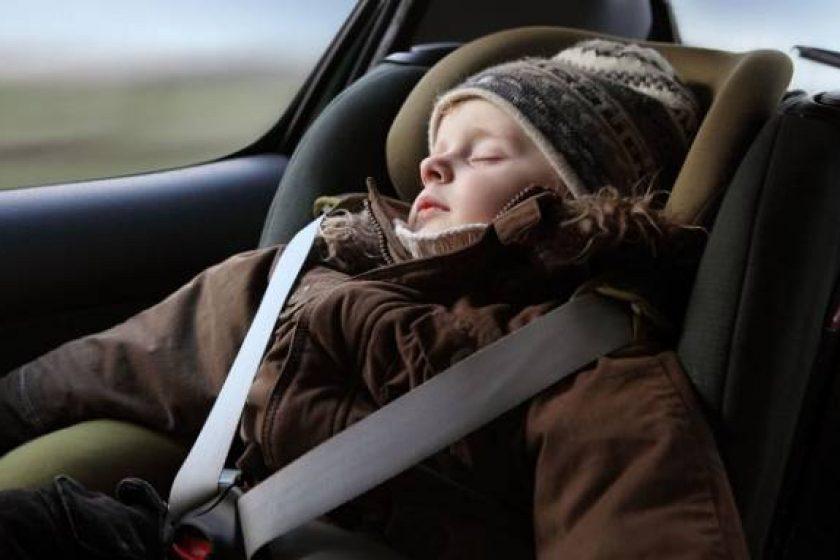 Seguridad de los niños en el coche