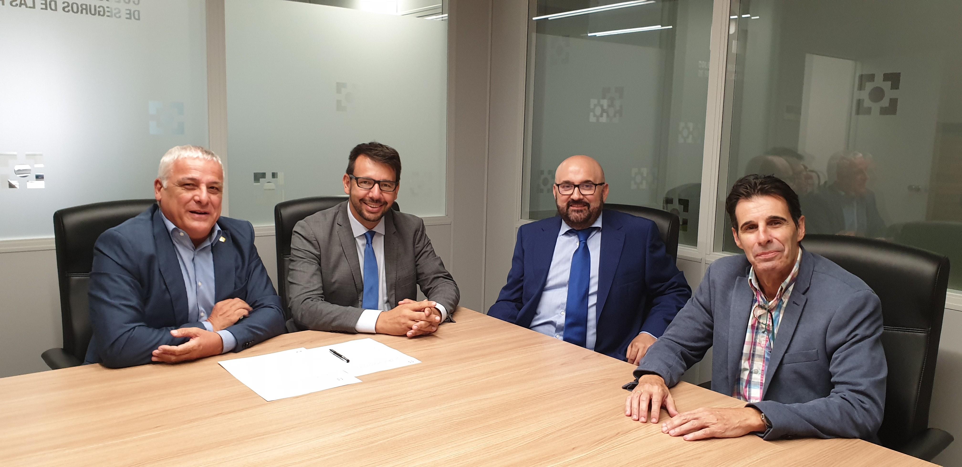 SegurCaixa Adelas y el Colegio de Mediadores de Seguros de Las Palmas renuevan el protocolo de colaboración